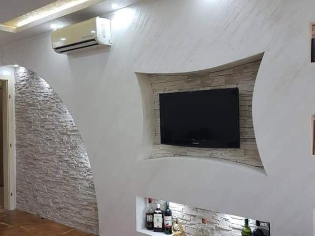 Spušteni plafon sa policom od knauf ploča u vašem domu